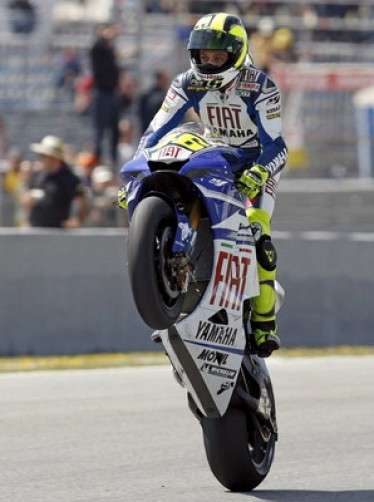 http://www.derapate.it/img/motogp_penna_valentino_rossi.jpg