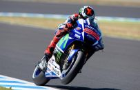 MotoGP Motegi 2015, Qualifiche: Lorenzo in pole, Rossi secondo [FOTO]