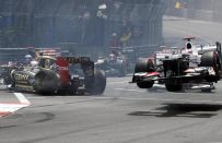 GP Monaco F1 2012: Grosjean, che pasticci: 3 incidenti in 6 partenze!