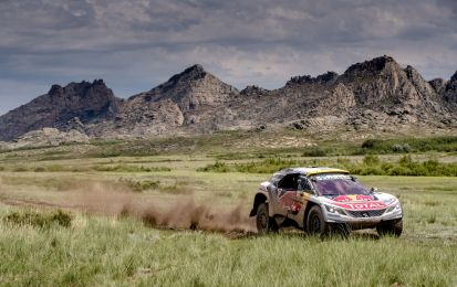 Silk Way Rally, tappa 6: Loeb sempre leader [FOTO]