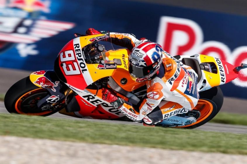 Marc Marquez domina il warm up