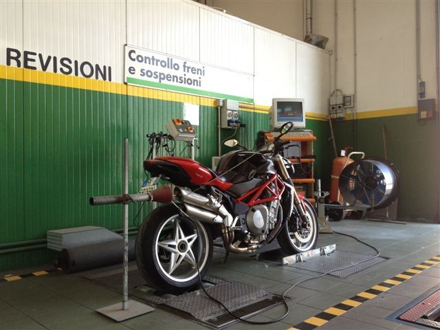Officina revisione moto