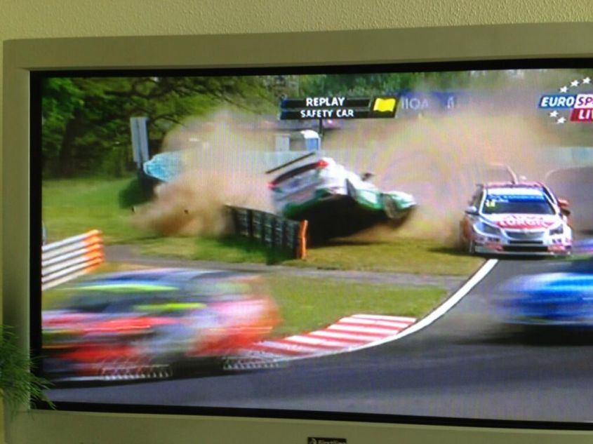 Tarquini incidente Ungheria 2013 wtcc