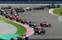 GP Turchia F1 2010: vince Hamilton, incidente tra le Red Bull di Vettel e Webber