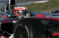 Test F1 a Jerez del 14-02-2008: la McLaren carena i cerchi. Bene Red Bull e Williams