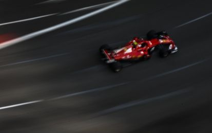 Qualifiche GP Singapore F1 2017: Vettel conquista la pole position davanti alle Red Bull, Hamilton in terza fila [FOTO]