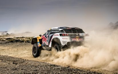Silk Way Rally 2017, tappa 11: Peugeot doppio podio con Peterhansel e Despres [FOTO]