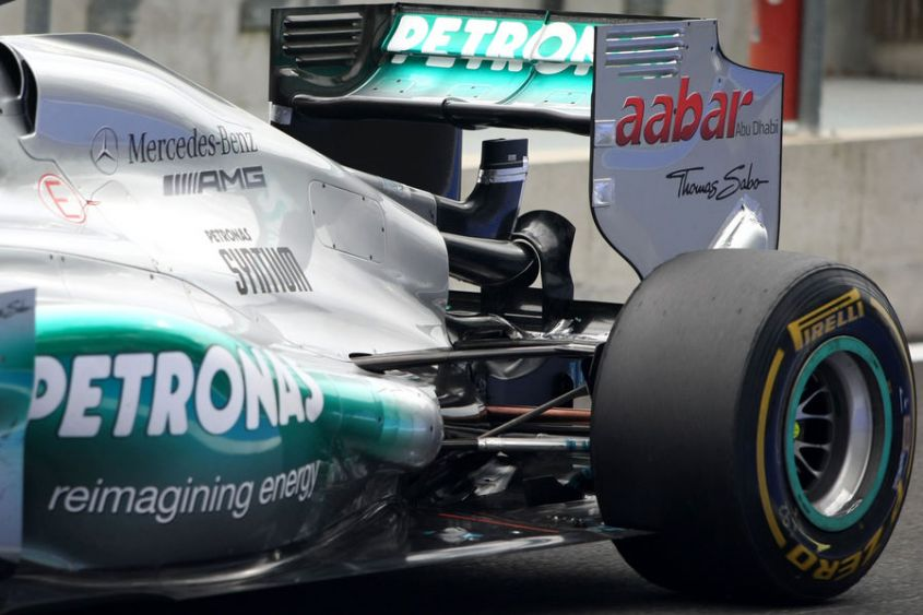 Test F1 Magny Cours 2012, Mercedes sviluppa il super-Drs Lotus