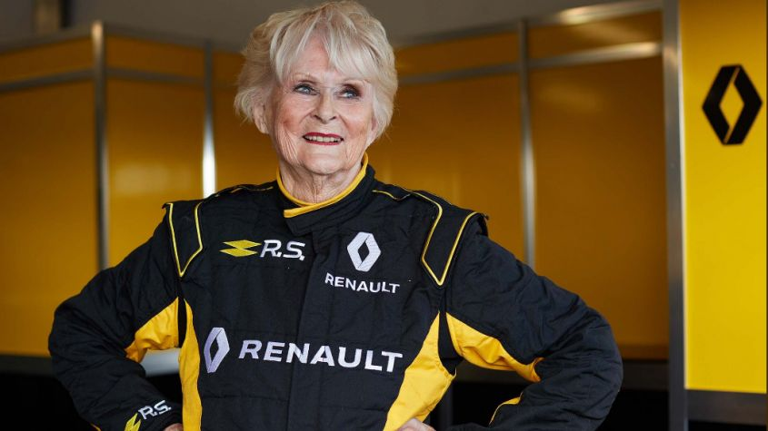 F1 news: Rosemary Smith da record, guida una monoposto a 79 anni! [VIDEO]