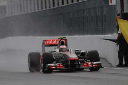 GP Canada F1 2011: vince Button all'ultimo giro! Incidente per Alonso e Hamilton