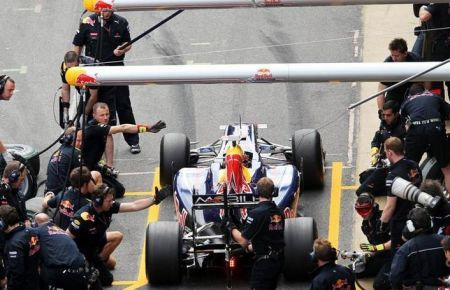 GP Spagna F1 2010: Webber in pole position