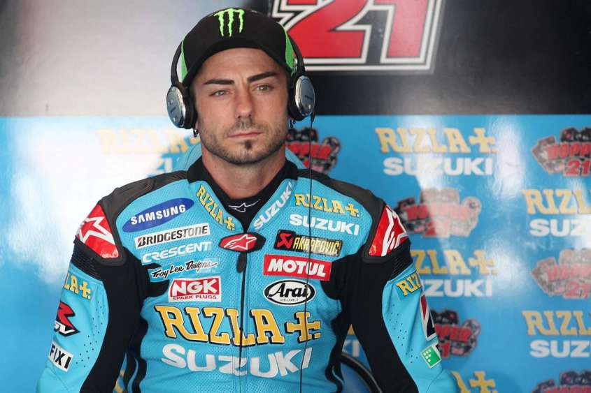 Superbike 2012: Hopkins si fa amputare un dito per tornare in sella