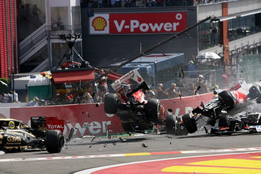 GP Belgio F1 2012: vince Button! Incidente alla prima curva per Alonso e Hamilton